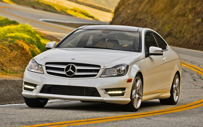 2014 Mercedes Benz C350 Drivers Side Three Quarters In Motion